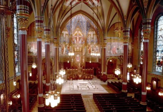 2013_CathedralofMadeline_ProjPic01